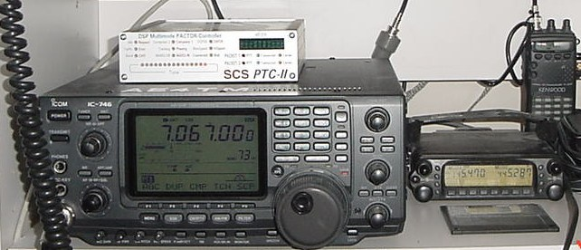 Fixed station Icom-746 transceiver with Pactor-II controller